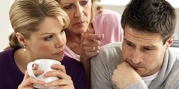 Как наладить отношения со свекровью — советы психолога