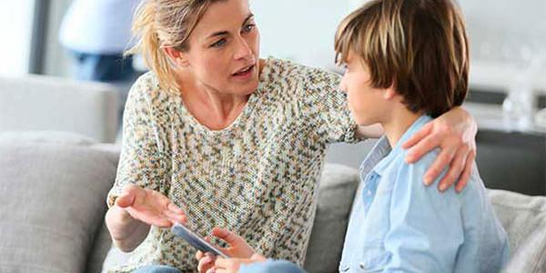 Зачем родители навязывают свое мнение детям?